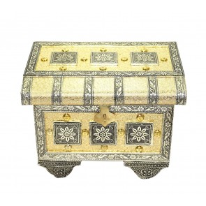 Golden colour Raj wadi Pitara style wooden handmade Bangle & Jewellery box with Mirror for Women (22x16.5x15 cm)
